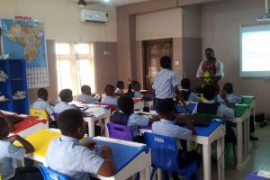 Learning in Classroom (2)
